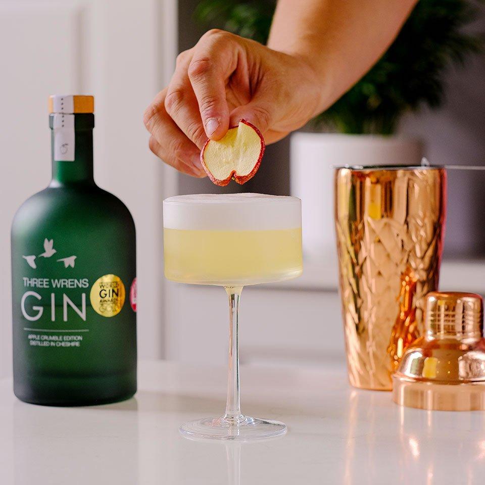 mulled apple crumble gin three wrens