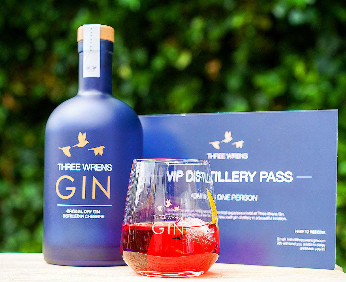 cheshire gin distillery tour pass glass bottle