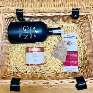 luxury gin gift hamper