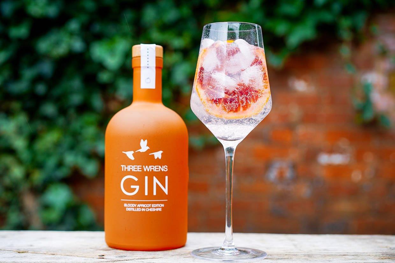 bloody spritz gin