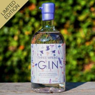 three wrens meadow flower gin